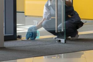 Servicio de limpieza de locales comerciales Valencia profesional